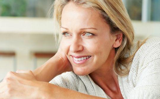 cuidados com a pele do rosto depois dos 40 anos
