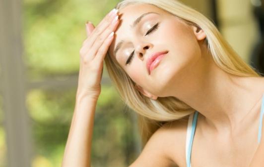 como proteger a pele dos efeitos do sol