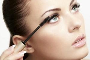 Truques de Maquilhagem Para Disfarçar Olhos Inchados