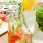 Prepare as suas águas aromatizadas