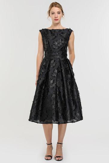 Vestido preto para festas