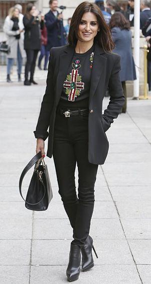 Truques de moda para alongar a silhueta e parecer mais alta